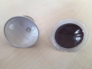 Cápsula Nespresso vs. cápsula Marcilla frontal