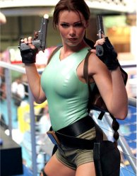 Neill_McAndrew_Lara_Croft