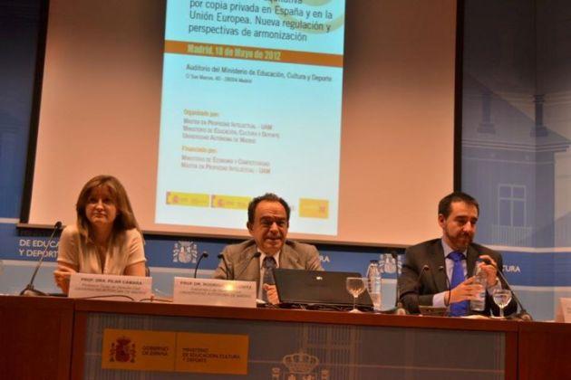 De izda. a dcha.: Pilar Cámara, Rodrigo Bercovitz y Carlos Guervós. Fuente: MAPI.